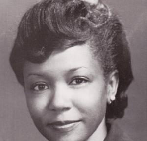 Maya Angelou, født Marguerite Ann Johnson, var en amerikansk poet, forfatter, skuespiller, instruktør og aktivist. Hun vandt utallige priser og honorarer og var bl.a. nomineret til en Pulitzerpris for sin roman I Know Why the Caged Bird Sings.